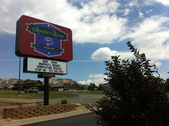 Murphy's Resort at Estes Park : The entrance