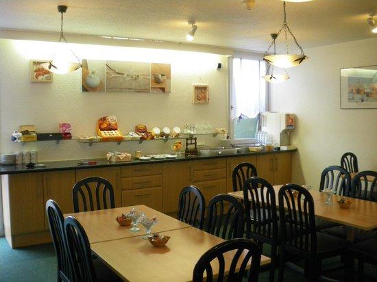 Hotel Come Inn: salle petit déjeuner