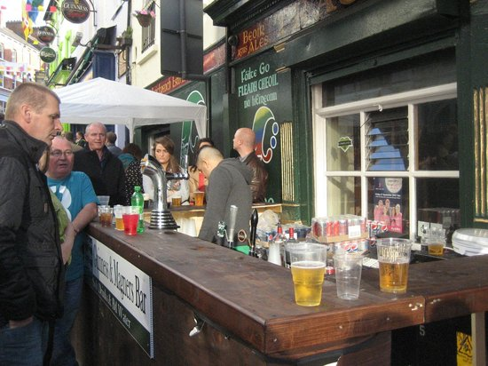 Waterloo Street: Pop-up Bar!!!
