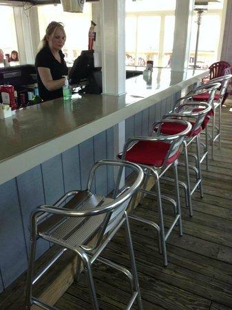 Stoney's Solomon's Pier : Popular outdoor bar area open during seasonal months