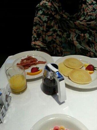 Hotel BPM Brooklyn: bacon et pancakes