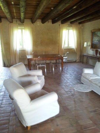 Relais Corte Guastalla: salotto