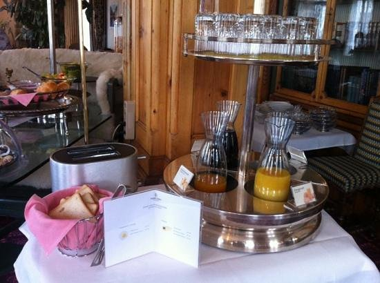 Hotel Eden Garni St. Moritz: great breakfast