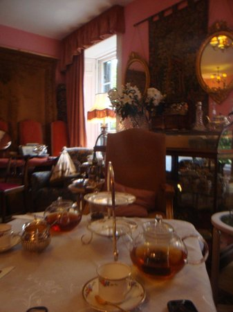 Anteaques: tea room