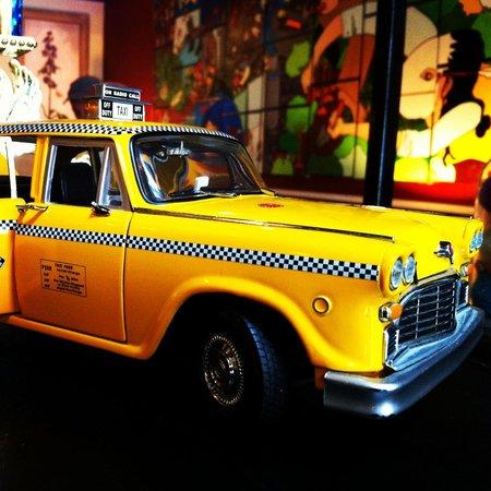 The Box House Hotel: Box taxi