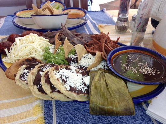 El Sabor de Oaxaca: Platón oaxaqueño (botanita)