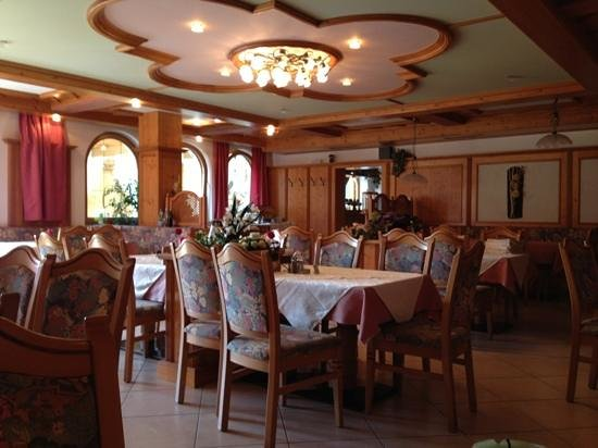 Hotel Senoner: hotel carinissimo,vacanza bellissima e di relax,posto meraviglioso per chi vuole rilassarsi un p
