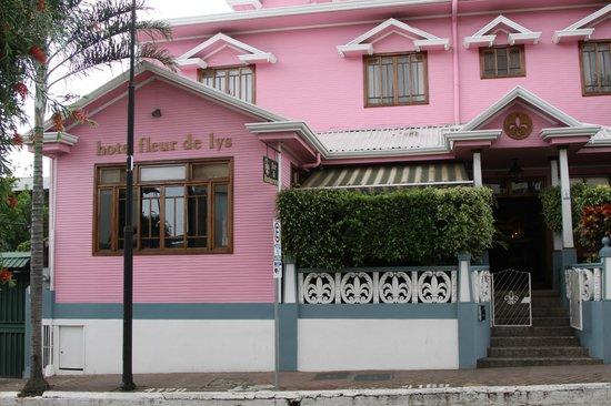Hotel Fleur de Lys: Vooraanzicht Hotel