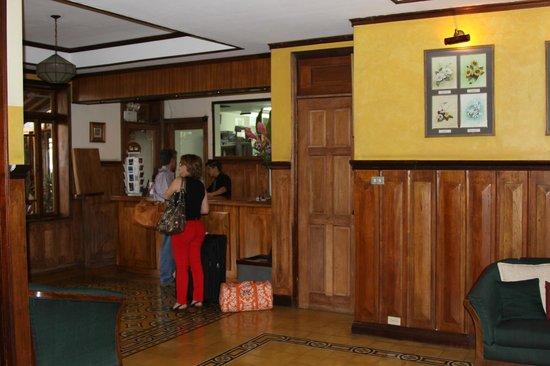 Hotel Fleur de Lys: Receptie