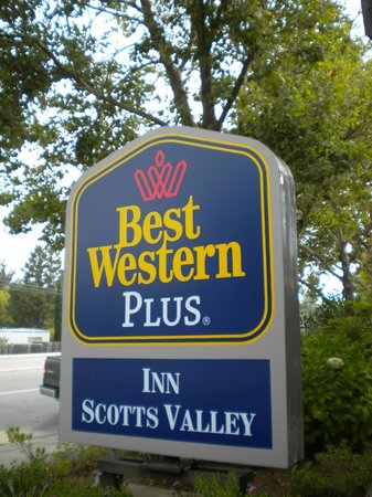 BEST WESTERN PLUS Inn Scotts Valley: Entry sign