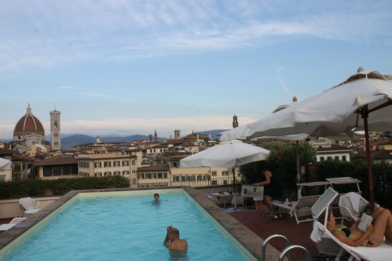 Grand Hotel Minerva: view from the terrace and poolside