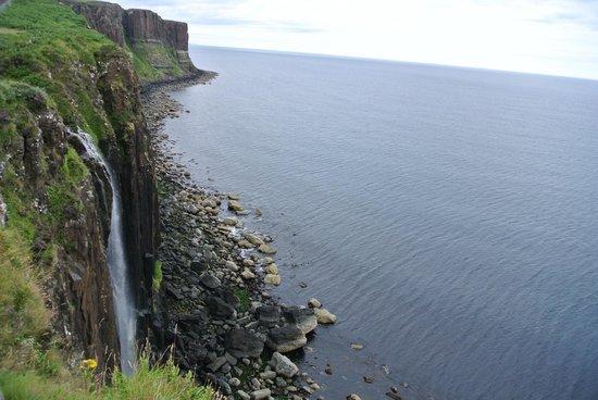 Skye Tours: Kilt Rock Waterfall