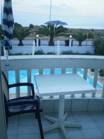Kavala Beach Hotel: Θέα από το μπαλκόνι