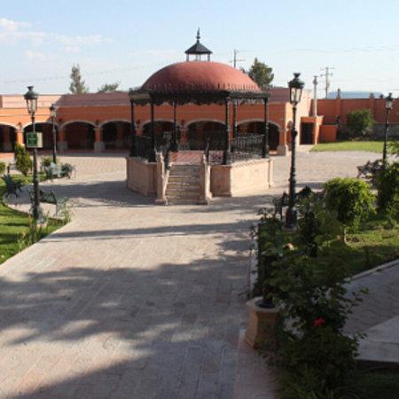 Casa Grande Lagos: PATIO MEXICANO