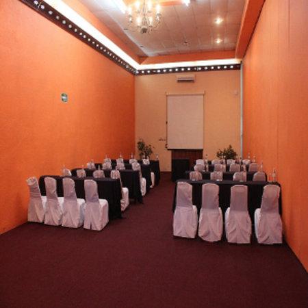 Casa Grande Lagos: SALON LAGOS