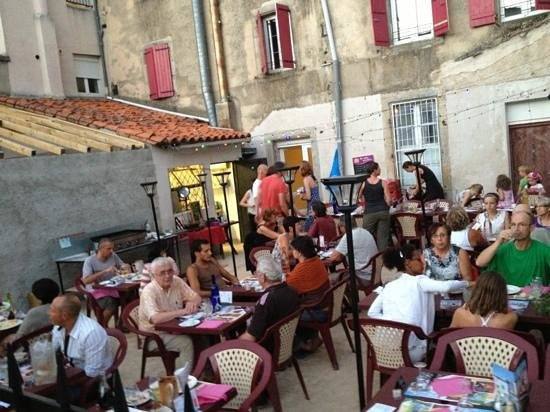 O Marseillais: Terrasse