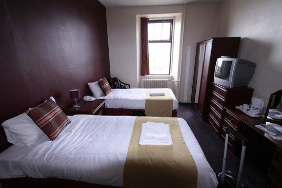 Stotfield Hotel: Stinky pillows