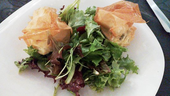 Melodynice: Goat cheese salad (a disappoinment)