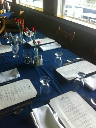 Zahniser's Dry Dock: Typical table setting