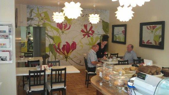 Gourmet Express Cafe: Interior of Gourmet Express