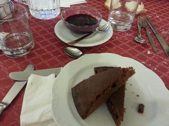 Hotel Negritella: Torta di cacao con crema di mirtilli VEGAN