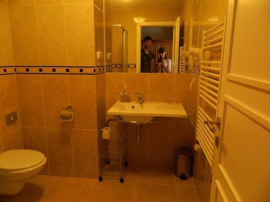 Anna Hotel: 1