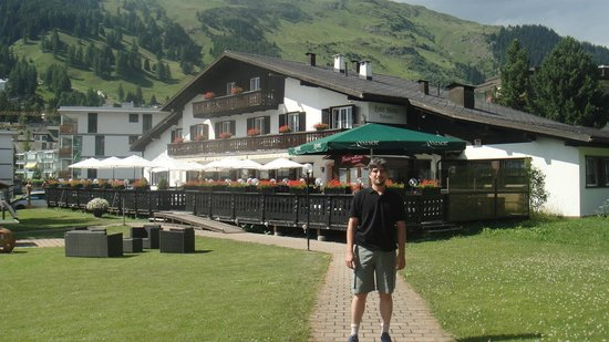 Bünda: Hotel/Restaurant