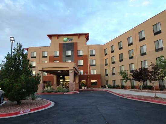 Holiday Inn Express & Suites Albuquerque Old Town: Holiday Inn