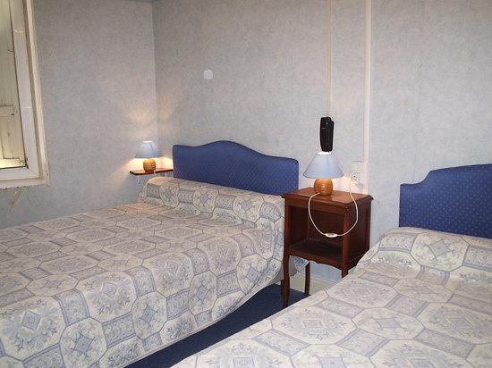 Hotel regina salon de provence france voir les tarifs for Azur hotel salon de provence