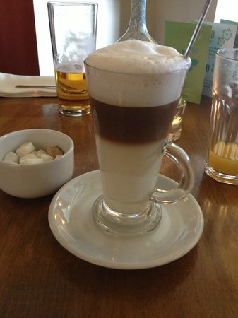 The Rancliffe Arms: Proper Latte