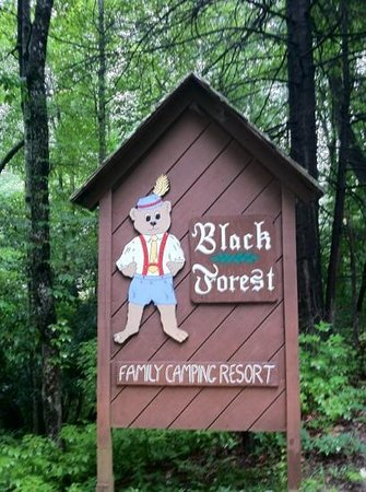 Black Forest Family Camping Welcome Sign