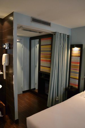Hotel Courcelles Etoile : chambre sup