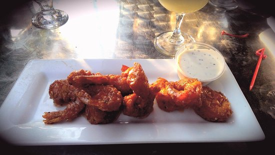 The Gananoque Inn and Spa: The mouthwateringly delicious Crispy Chipotle Shrimp appetizer