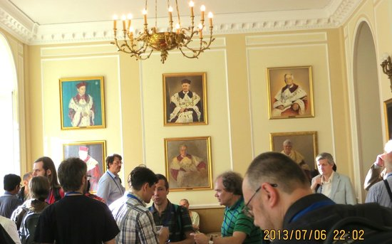 University of Warsaw (Uniwersytet Warszawski): Lobby with Portraits of Dignitaries