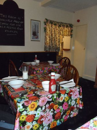The Cross Keys Inn: Breakfast room