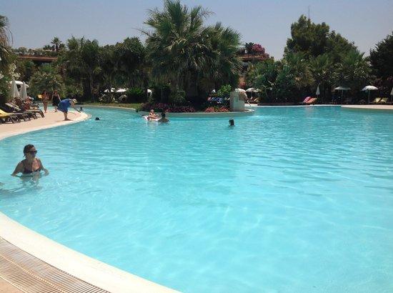 Acacia Resort Parco dei Leoni: Piscine de rêve