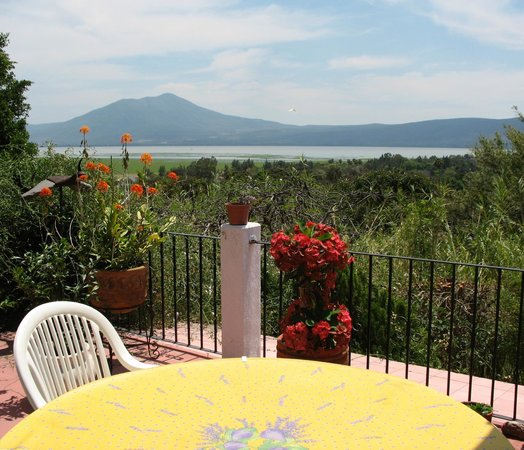 Los Dos Bed and Breakfast: Breakfast view