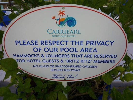Carriearl Boutique Hotel : Strict rules keep the hotel and pool very clean