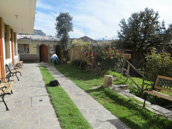 Hostal La Pascana del Inka: Ground FLoor access to rooms