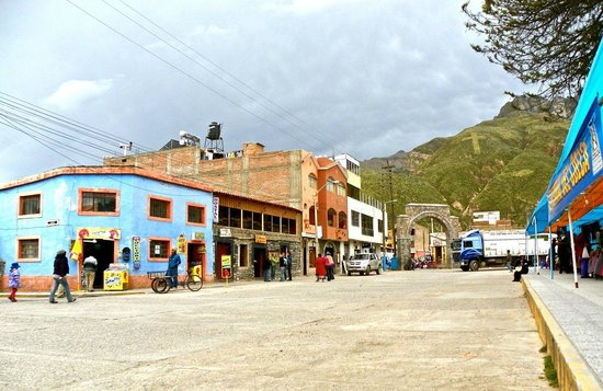 Hostal La Pascana del Inka: Outside of Entrance, Town of Chivay