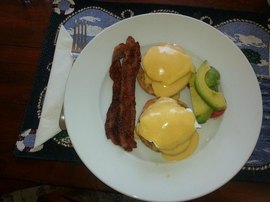 A Beach House Oceanfront Bed and Breakfast: Eggs Benedict