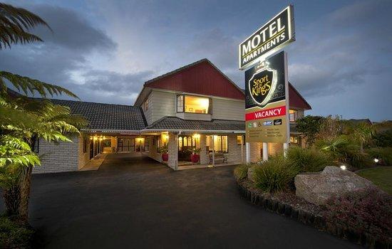 Sport of Kings Motel : We look forward to welcoming you!!