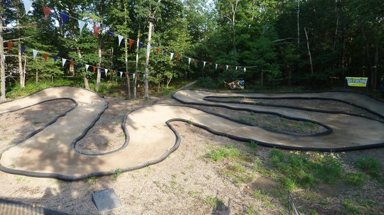 Rip Van Winkle Campgrounds: Remote Control Racetrack