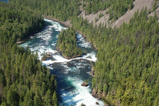 Discover Wells Gray : One of the views on the walk