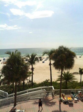 Grand Plaza Beachfront Resort Hotel & Conference Center: vue du balcon super !