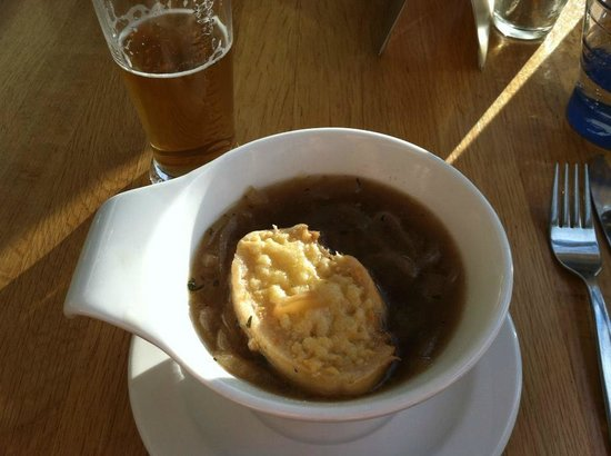 Hotel Millings Centrum: onion soup-so flavorful!!!