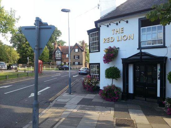 The Red Lion Hotel Restaurant & Pub