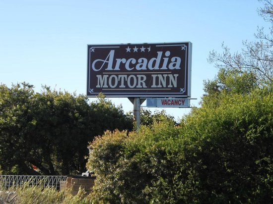 Welcome to the Arcadia Motor Inn