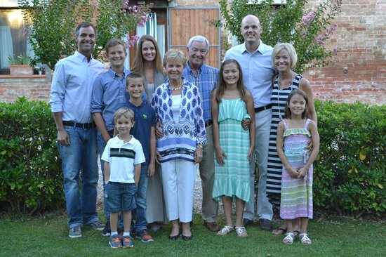 Podere Le Manzinaie: The family before the big dinner