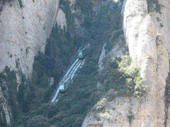 Barcelona Turisme Montserrat & Sitges Day Tour: Montserrat